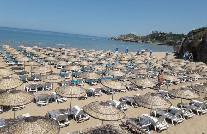 Ağlayan Kaya Plajı (Şile Life Beach)