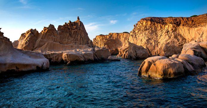 siren kayalıkları