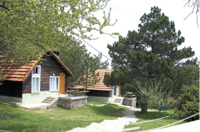 Spil Dağı Kamp Evleri