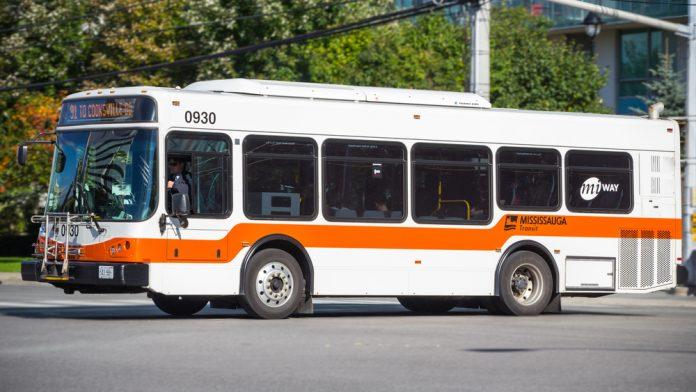 Toronto Havaalano Miway Otobüsü