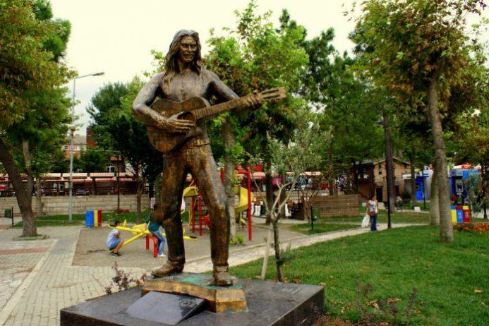 Barış Akarsu Parkı