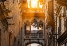 Barselona Tarihi Yerler