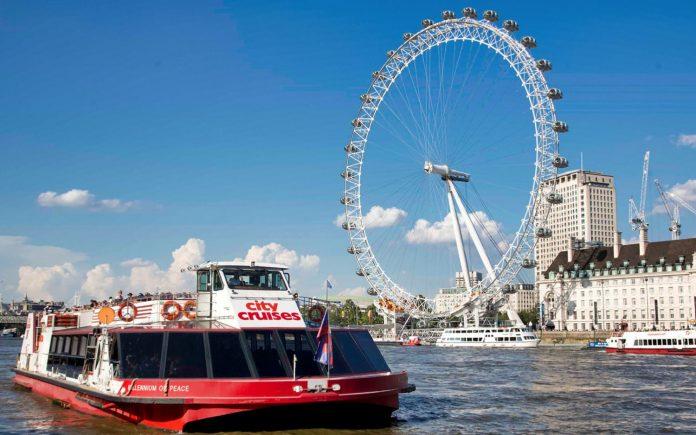 Thames River Hop-on Hop-Off Tur