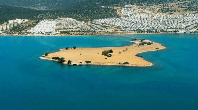 Saplı Ada