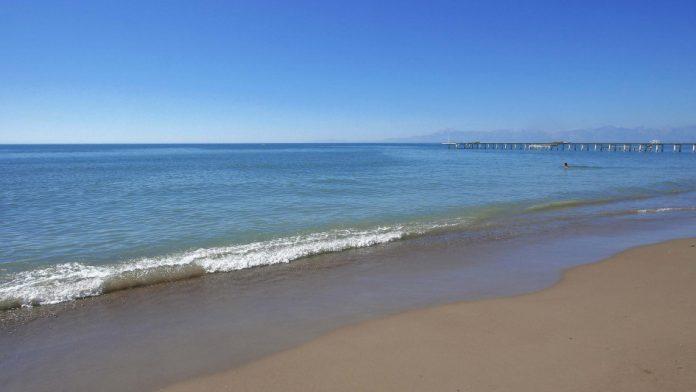 Taşlıburun Plajı