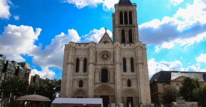 Saint Denis Katedrali