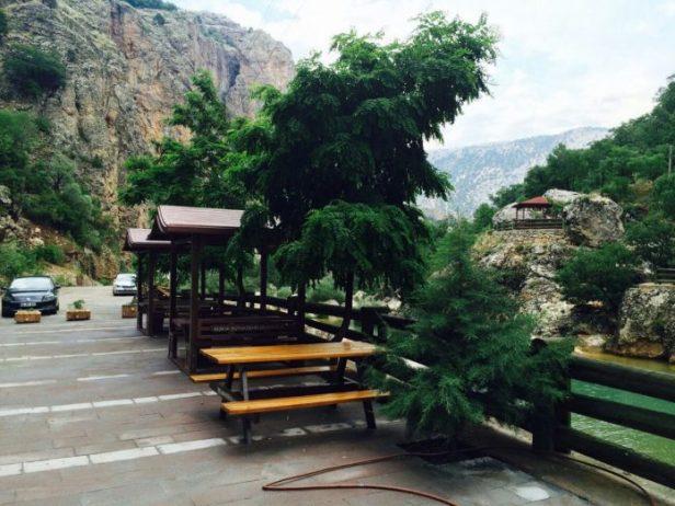 Çetmi Şelalesi Kamp Alanı