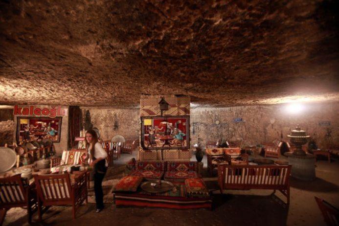 Kaleoğlu Mağarası