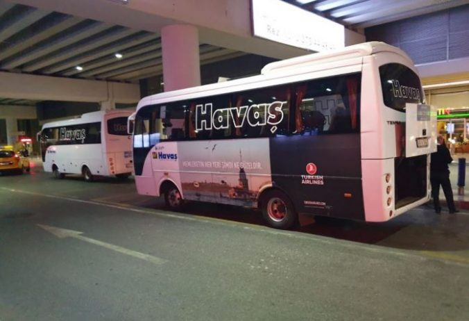 İzmir Havalimanı Çeşme HAVAŞ Servis Otobüsü
