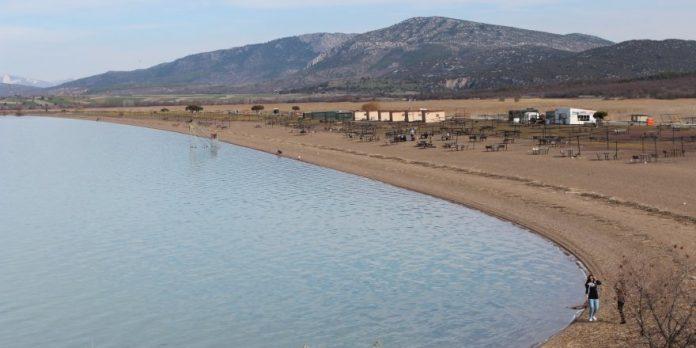 Karaburun Plajı Kamp Alanı