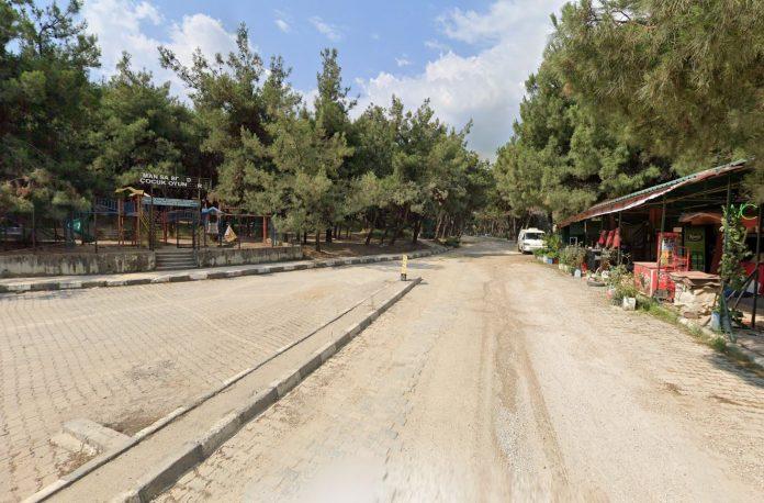 Manisa Çiftlik Parkı Mesire ve Kamp Yeri