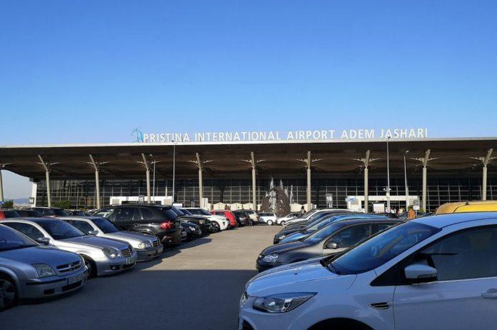 Priştine Havalimanı Araç Kiralama