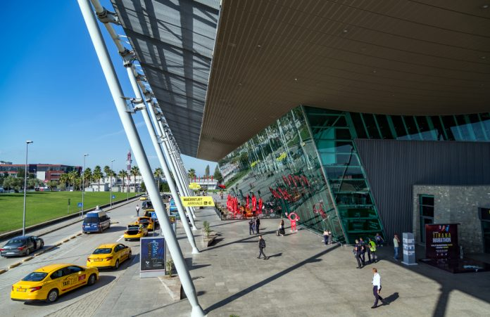 Tiran Havalimanı Taksi Ulaşımı