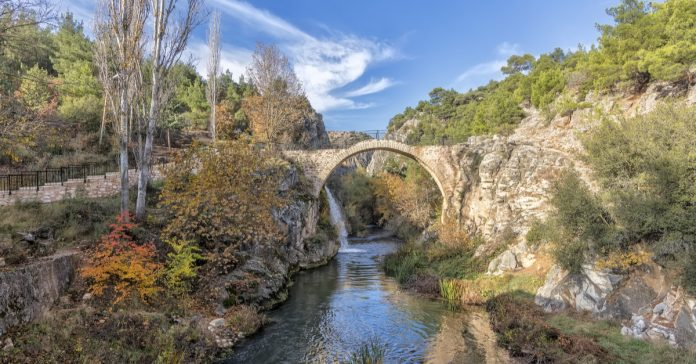 Uşak Clandras Köprüsü