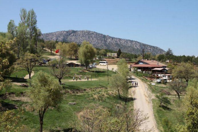 Yakamanastır Tabiat Parkı Kamp Alanı
