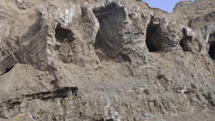 Tuzluca Tuz Mağaraları