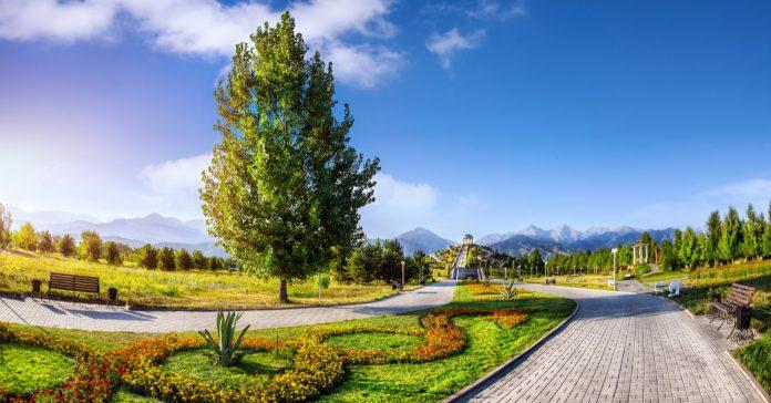 almati botanik bahçesi