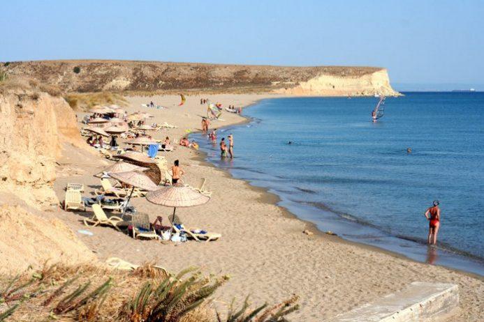 Aydıncık Sahili Kamp Alanı