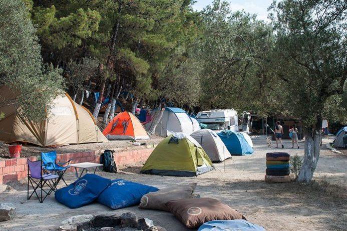 Dolmuş Camping Geyikli