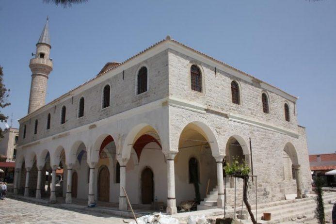 Alaçatı Hacı Memiş Ağa Camii