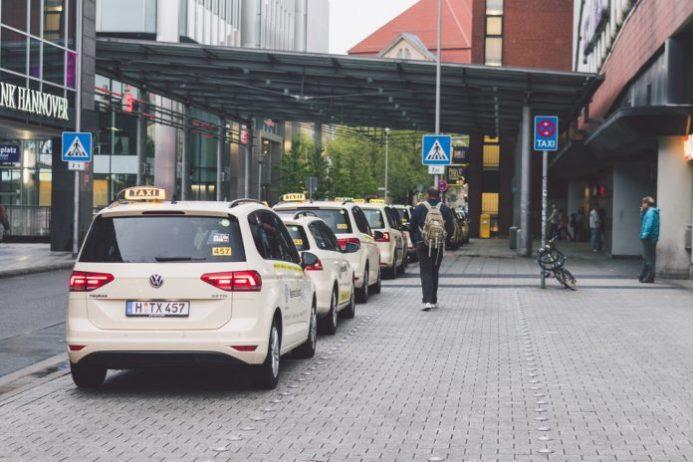 Hannover Havalimanı Taksi Ulaşımı