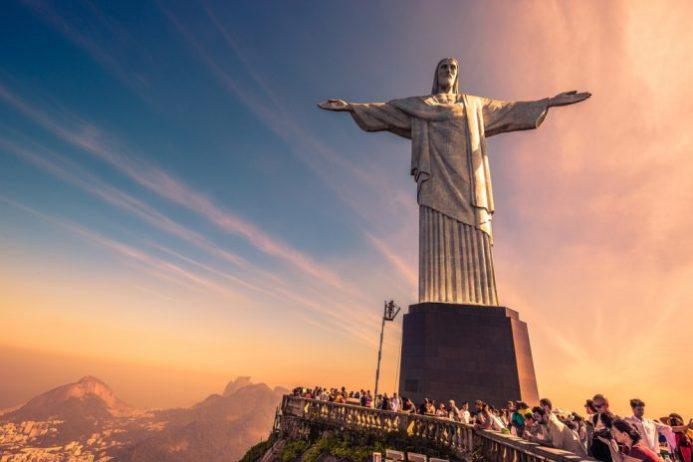 Kurtarıcı İsa Heykeli, Brezilya