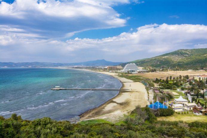 Pamucak Plajı Kamp Alanı