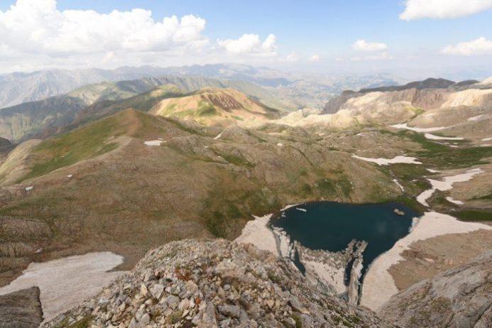 Buyer Baba Dağı ve Gölü