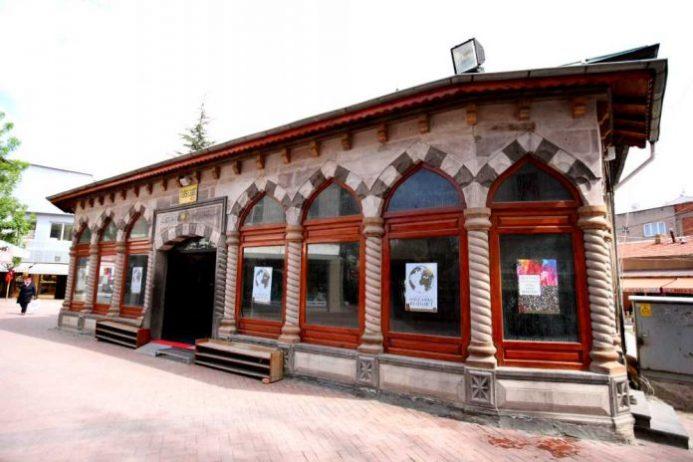 Çarşı Camii