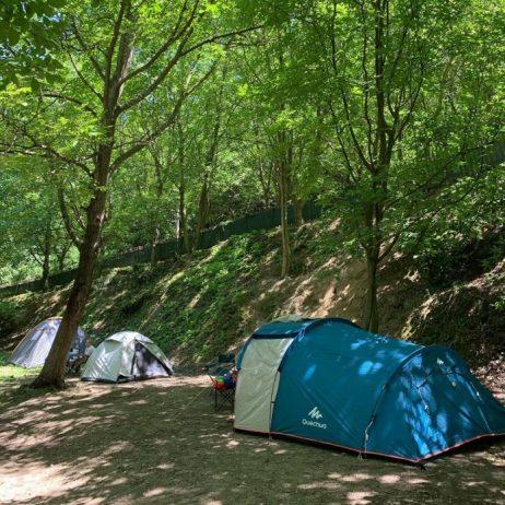 Cevizli Kamp ve Kahvaltı Alanı