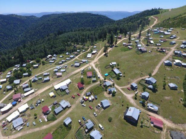 Dikmen Yaylası Kamp Alanı