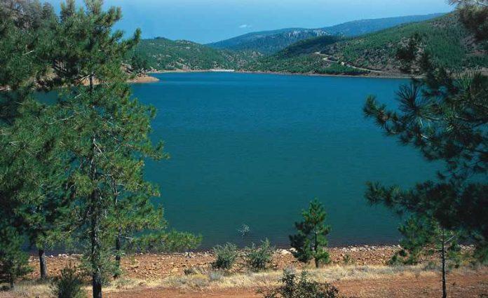 Eşen Gölü Kamp Alanı