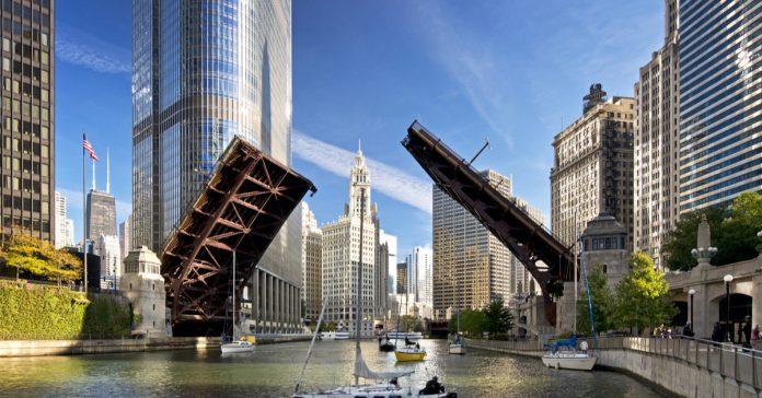 Michigan Bulvarı Köprüsü