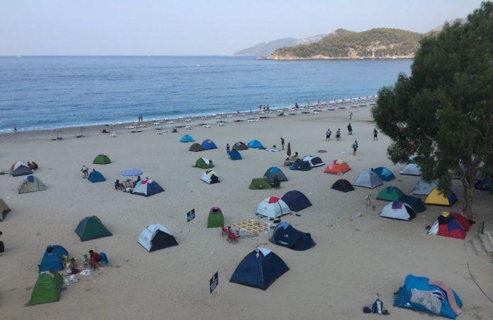 Ölüdeniz Plajı Kamp Alanı