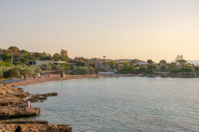 Özbek Akkum Plajı