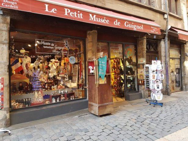Lyon kukla müzesi