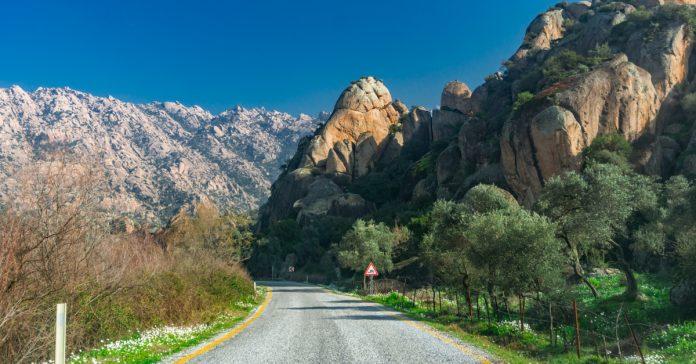 Latmos Beşparmak Dağları