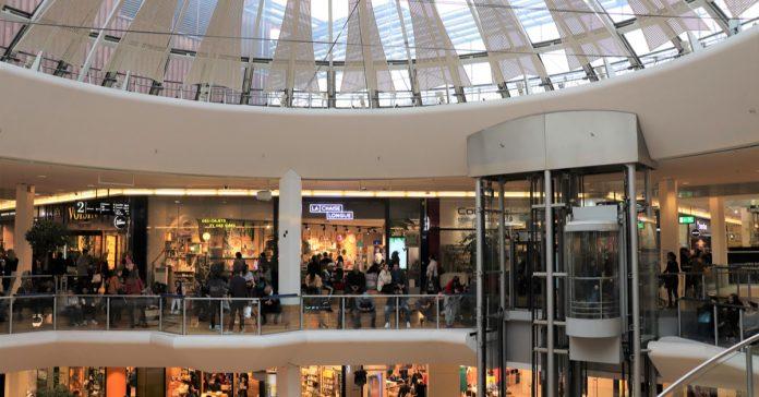Lyon Alışveriş Merkezi