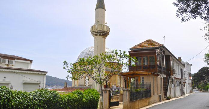 Burgazada Camii