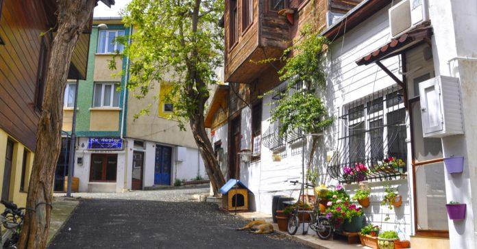 Burgazada Sokakları