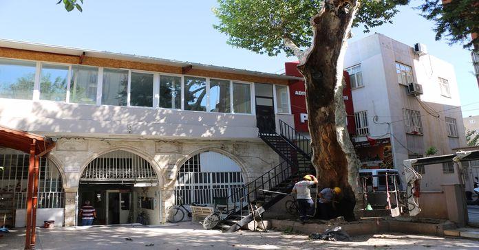 Eskisaray Camii