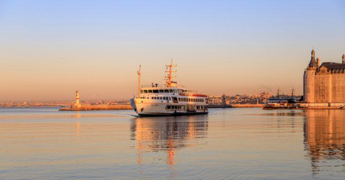 Kadıköy - Beşiktaş Vapuru