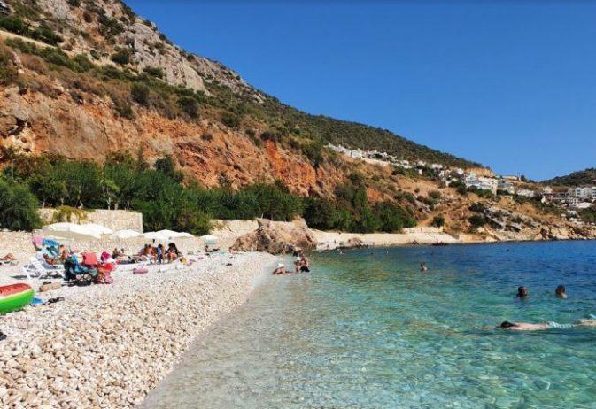 Kalkan Halk Plajı Kamp Alanı