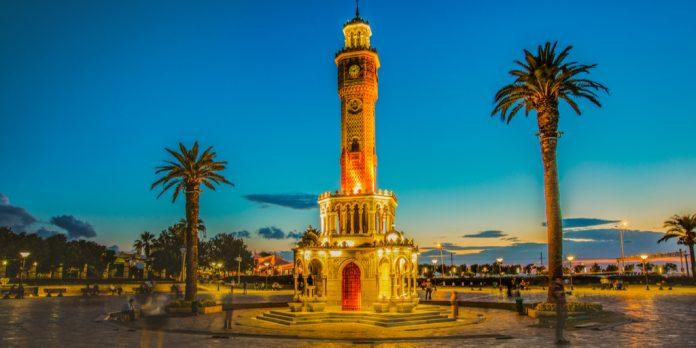 Konak Meydanı İzmir Saat Kulesi