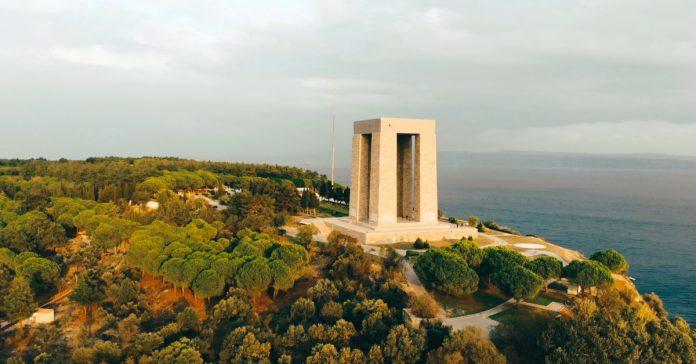 Çanakkale Şehitliği ve Şehitler Anıtı