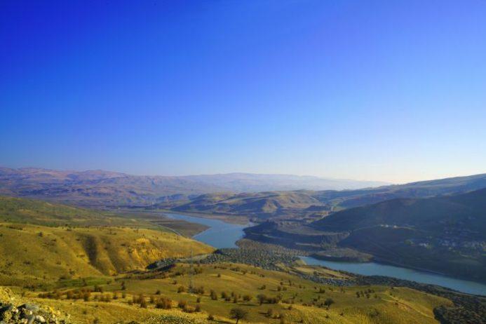 Murat Nehri Kamp Alanı