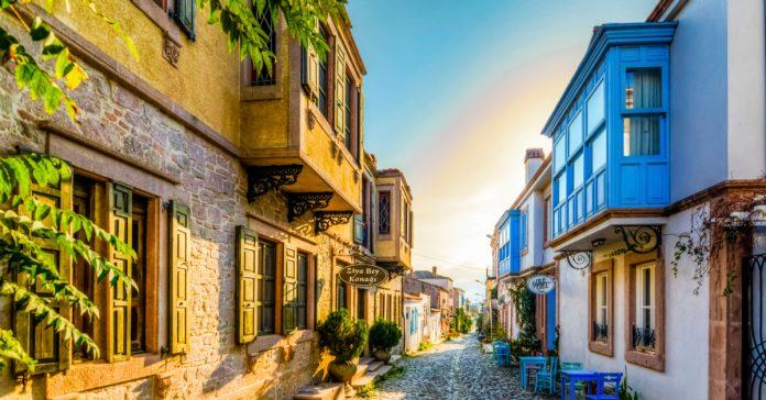 ayvalık tarihi evleri