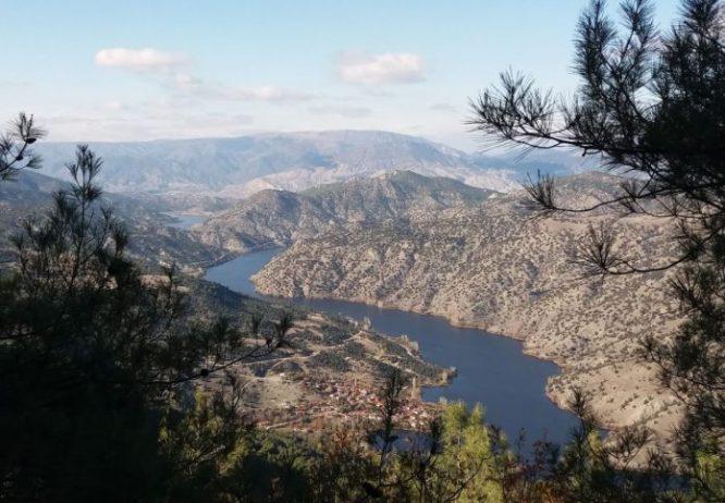 Gökçekaya Barajı Kamp Alanı