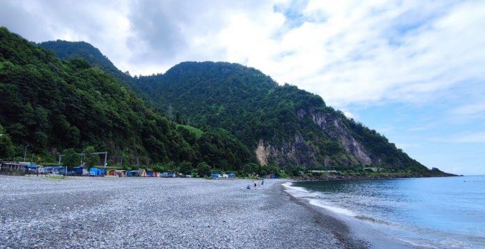 Kemalpaşa Kopmuş Plajı Kamp Alanı