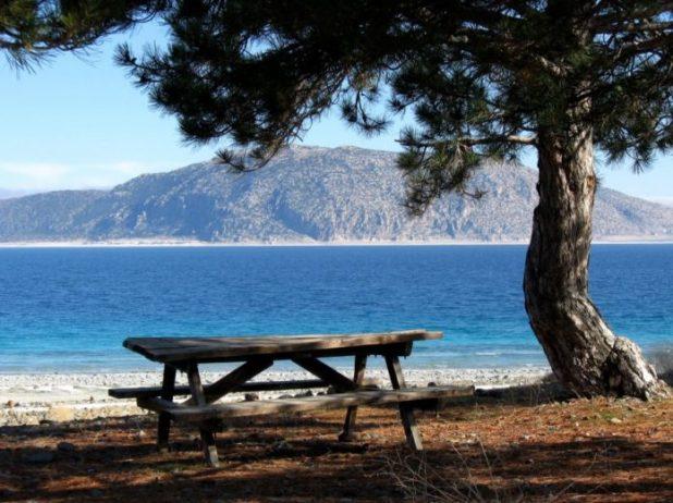Salda Gölü Tabiat Parkı Kamp Alanı